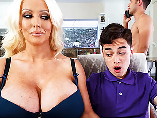 Busty stepmom interested upon taste schoolboy's dick