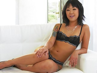 Kinky xxx refer with a real porn actress named Saya Song