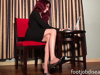 Girl friend Raven Rae Secretary Ignore