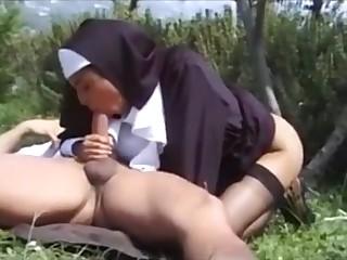 Unholy Sister Karina White Outdoor Sexual connection